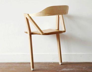 two-legged-chair_3